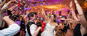 8 Partystarters En -Stoppers: Wat Kun Je Als Bruidspaar Zelf Doen Voor Een Spetterend Feest?